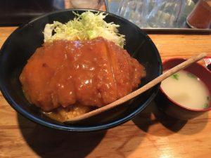 あぶりどり バリ鳥 秋葉原:チキンカツカレー丼