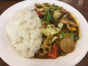 ベンガル:具沢山な野菜カレー