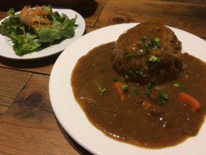 ワイン&肉バル カウガール:牛スジまかないカレー