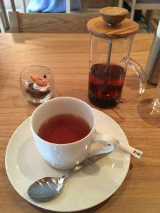 EMONS CAFE:ランチセットはドリンク・デザート付き