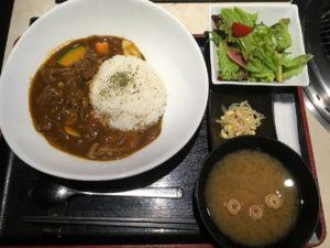 牛の達人 秋葉原店:肉たっぷりビーフカレー