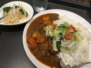 欧風カリーM:牛すじ煮込みと野菜カレー