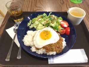 QLQL cafe(クルクルカフェ):ドライカレーセット